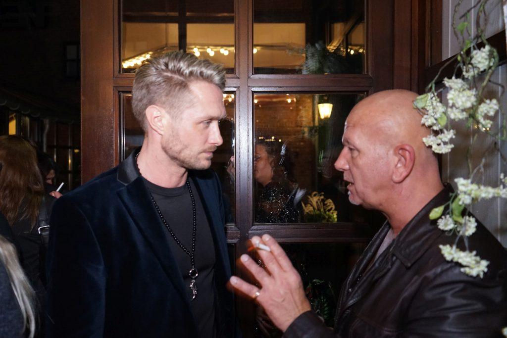 Nico Schwanz (links) mit Schauspieler Tom Barcal. Foto: Niko Lemonidis